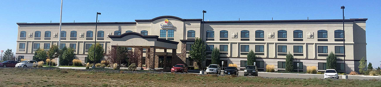 Comfort Inn & Suites Hotel at Crossroads Point